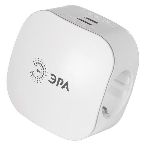 Фото - Сетевой разветвитель ЭРА SP-3e-USB-2A, белый [б0015243] тройник эра sp 3e usb 2a белый 3 розетки