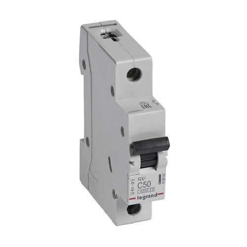 Выключатель автоматический Legrand RX3 (419669) 50A тип C 4.5kA 1П 230В 1мод автомат legrand rx3 419669 1p 50 а тип c 4 5 ка 230 в на din рейку