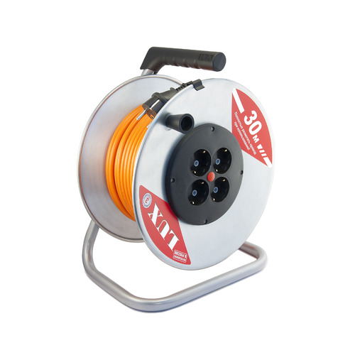 Удлинитель силовой LUX К4-Е-30 (40130) 3x1.5кв.мм 4розет. 30м ПВС 16A метал.катушка удлинитель силовой lux к4 е 30 40130 3x1 5кв мм 4розет 30м пвс 16a метал катушка